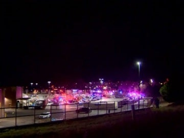 Al menos tres muertos en un tiroteo en un centro comercial de Colorado