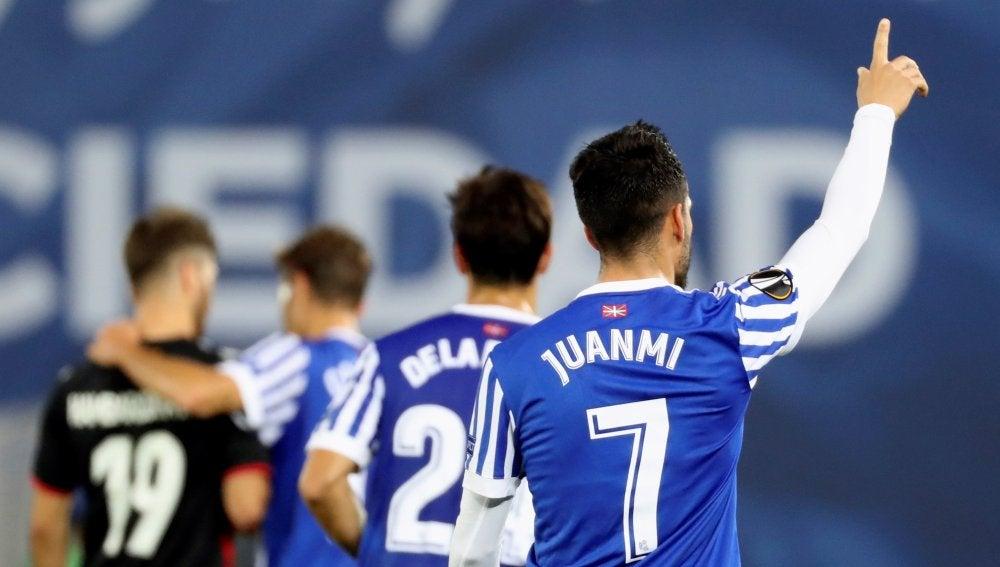 Juanmi celebra su gol contra el Vardar