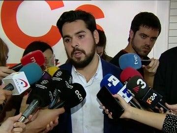 """Albert Rivera pide a Puigdemont que regrese a España para """"defenderse de la justicia y calmar las aguas"""""""