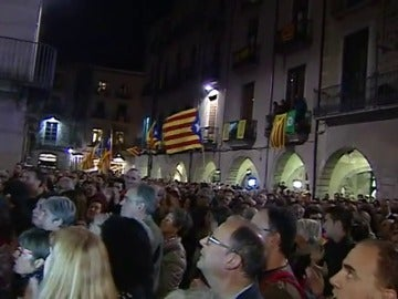 Unas 2.000 personas se manifiestan en Girona para pedir la liberación de los exconsellers