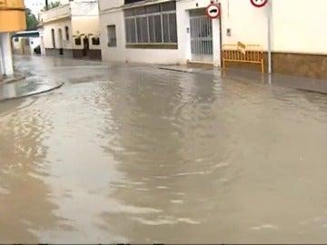 La Aemet activa avisos de nivel amarillo por lluvias en Huelva, Sevilla y Cádiz este viernes