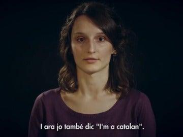 Ómnium lanza un nuevo vídeo protagonizado por una refugiada bosnia para pedir ayuda a Europa