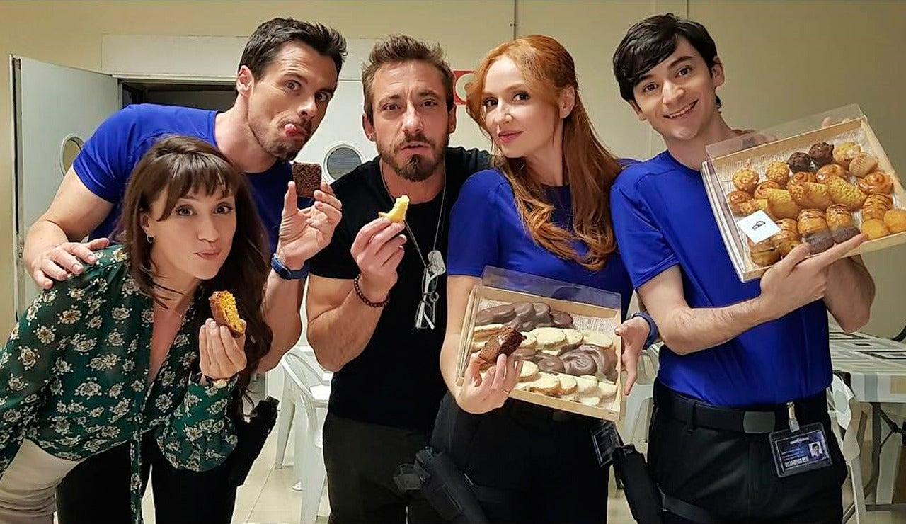 Los actores de 'Cuerpo de Élite' viven la serie en las redes sociales