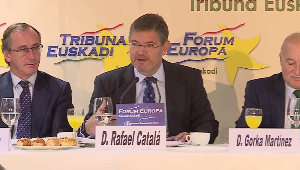 """Catalá afirma que el Gobierno ha sido """"prudente"""" y dice que la aplicación del 155 """"finalizará con las elecciones"""""""