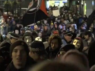 Detenidas cerca de 50 personas que participaban en una manifestación Anonymous