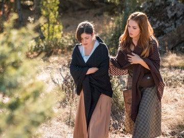 Julieta se encuentra con Candela a escondidas