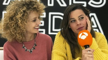 Esther Acebo y Clara Alvarado.