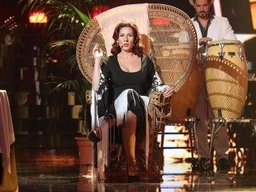 Una Diana Navarro entregada homenajea a Gloria Estefan con el tema 'Con los años que me quedan'