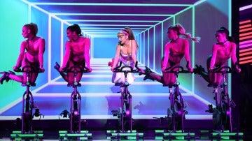 Ana Mena quema calorías al ritmo de 'Side to Side', de Ariana Grande