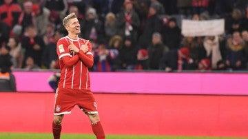 Lewandowski celebra un gol ante el Augsburgo
