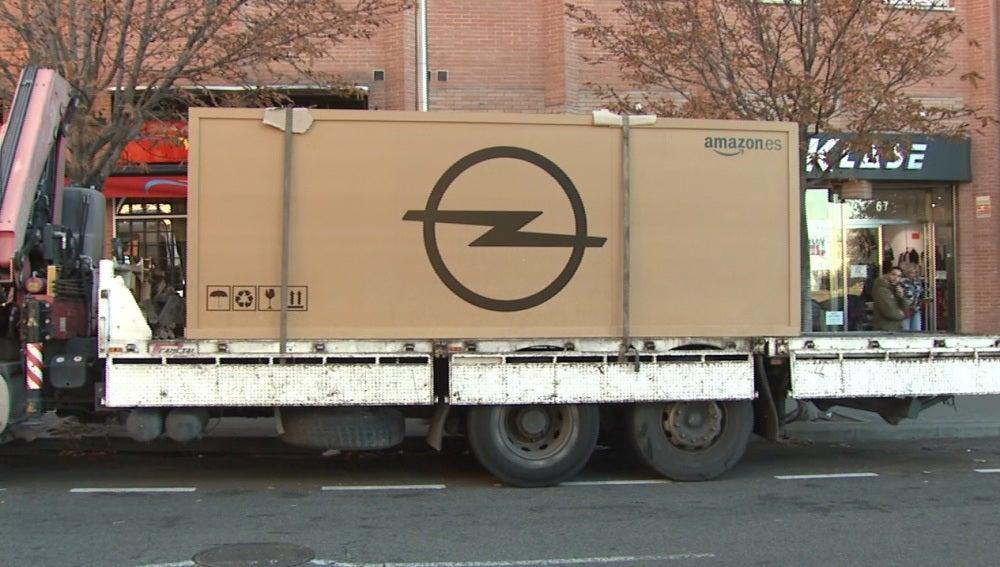 ANTENA 3 TV   Amazon vende por primera vez en España un coche a ...