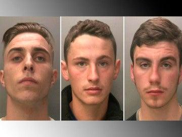 Jóvenes secuestradores de Reino Unido