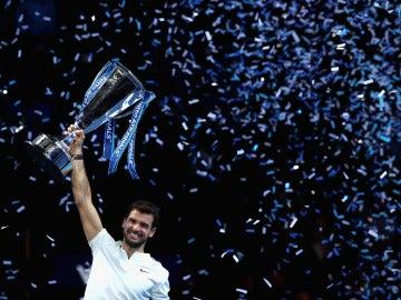 Dimitrov levanta la Copa de Maestros en Londres