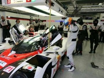 Fernando Alonso se sube al Toyota
