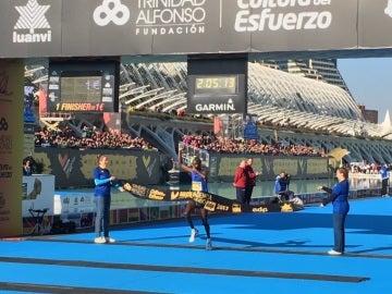 Sammy Kirop Kitwara bate el récord del Maratón de Valencia