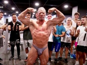 La lección del tricampeón del mundo de culturismo, de 72 años, a los jóvenes deportistas