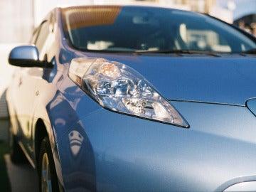 La fabricación y el reciclaje de las baterías de los coches eléctricos plantean problemas medioambientales