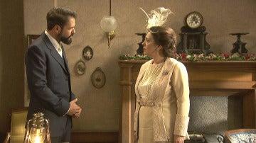 """Severo a Francisca: """"Antes de que se case, usted y yo tenemos que hablar"""""""