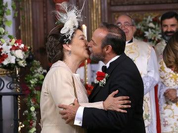 Francisca y Raimundo se dan el 'sí, quiero' más esperado