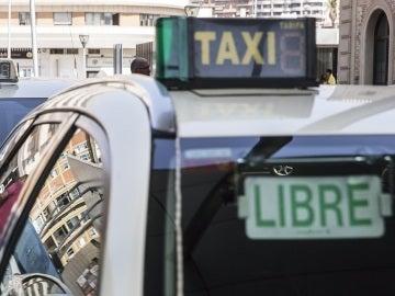 Imagen de un taxi en Madrid
