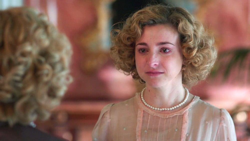 Magdalena, repudiada por su familia