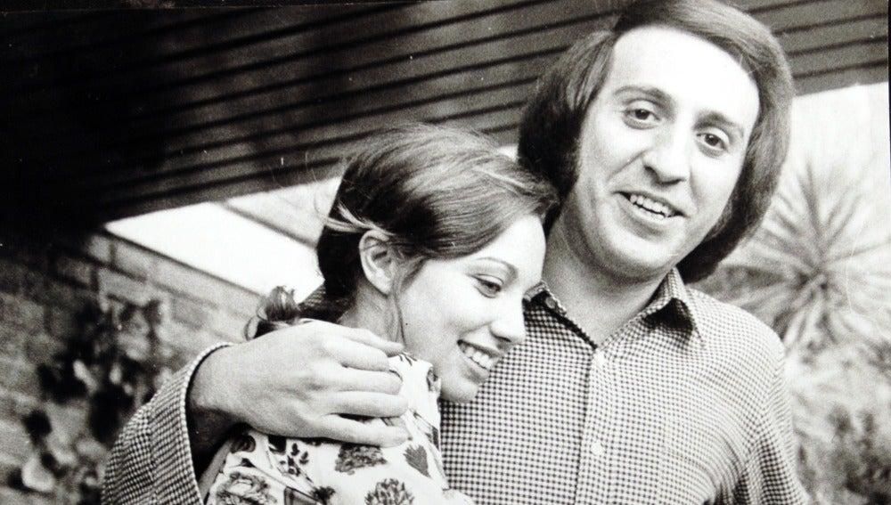 Karina junto a Tony Luz