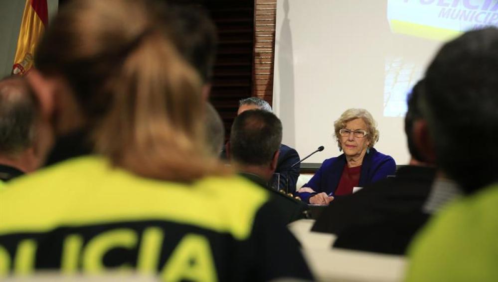 Manuela Carmena en un acto de la Policía Municipal