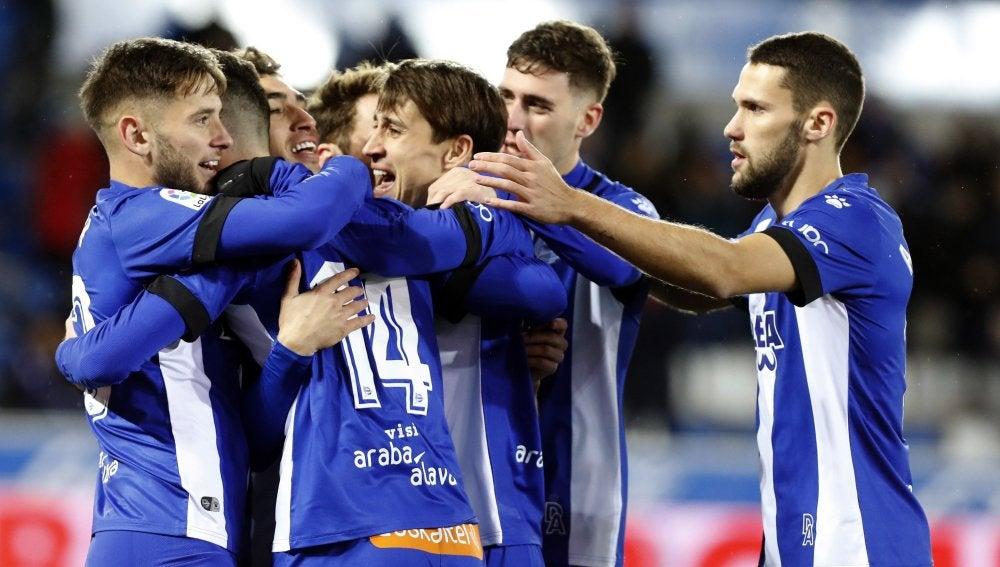 Los jugadores del Alavés celebrando un tanto en Copa del Rey