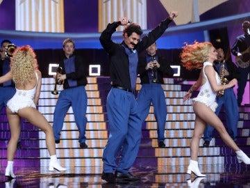 Un asombroso David Amor interpreta 'Sopa de Caracol' de Banda Blanca