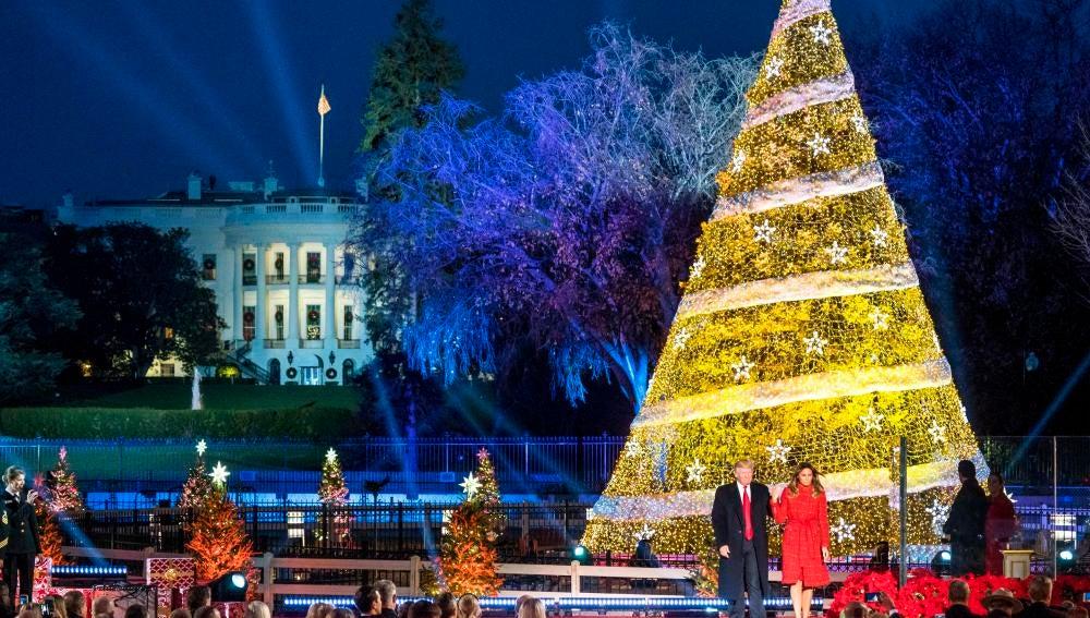 Antena 3 tv trump inaugura el rbol de navidad de la - La casa de la navidad ...