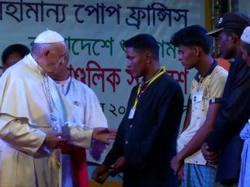 Encuentro del Papa con la minoría perseguida rohingya
