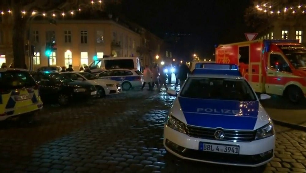 Hallado un paquete explosivo en un mercadillo navideño en Alemania
