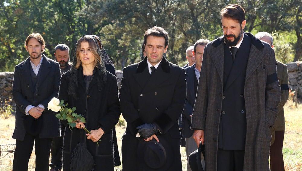 Puente Viejo entierra a Candela en el día más triste del año