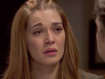 """Julieta, llena de dudas: """"Tengo que ver a Saúl"""""""