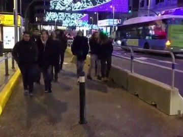 La Gran Vía madrileña se cierra al tráfico privado y amplía el espacio para los peatones
