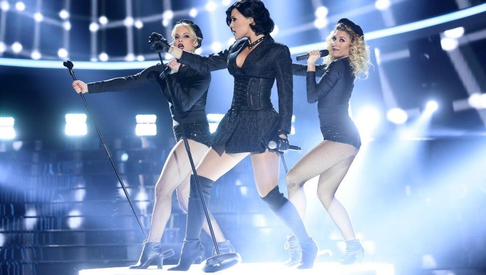 Una radiante Lorena Gómez se vuelve 'Confident' a lo Demi Lovato