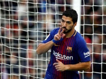 Luis Suárez marcando el gol ante el Celta