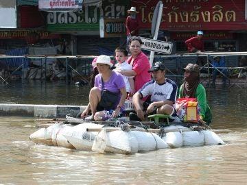 Víctimas de las inundaciones de Tailandia