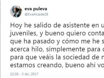 Tuit de Eva Puleva denunciando el acoso en un campo de fútbol