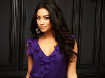 Shay Mitchell en 'Pretty Little Liars'