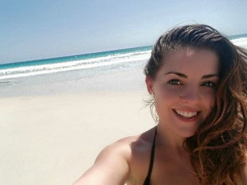 Rhiana, la joven con un tumor cerebral inoperable