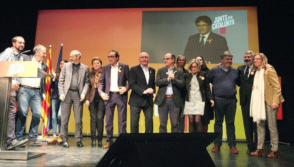 Videoconferencia del expresidente catalán Carles Puigdemont durante el mitin