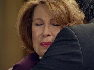 Ana María y Ginés rotos de dolor en su último adiós
