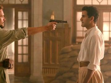 Molina echa a Larbi del hospital a punta de pistola
