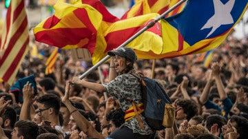 Manifestación de estudiantes en Barcelona a favor del referéndum de autodeterminación de Cataluña