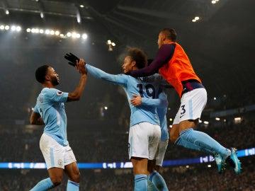 El City golea al Tottenham