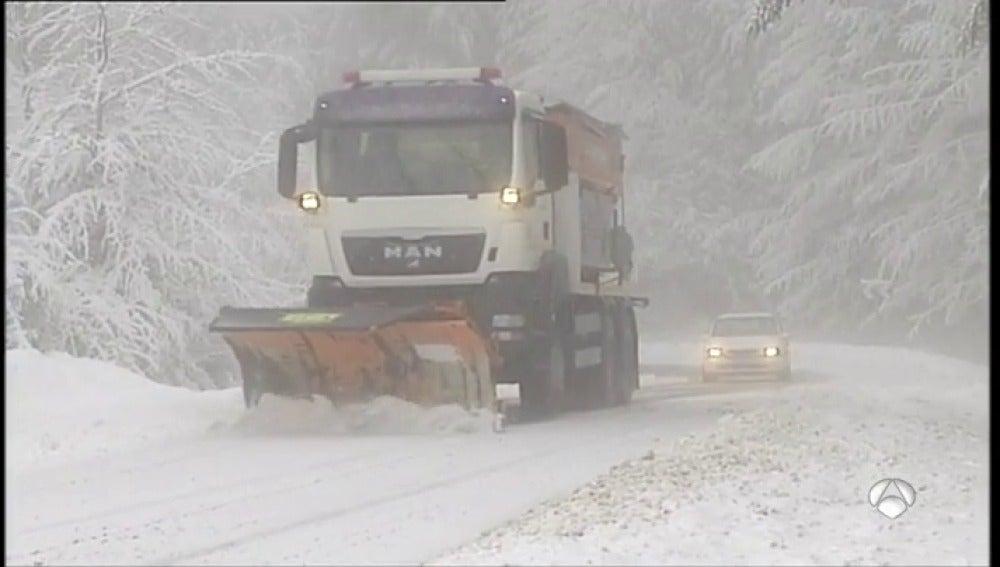 Se mantiene el aviso por inclemencias meteorológicas en 16 provincias