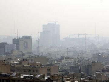 La contaminación cubre Teherán