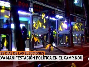 El Camp Nou, otra vez escenario político: el estadio fue rodeado con lazos amarillos