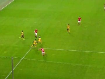 Gol de Robben al Arsenal en octavos de la Champions
